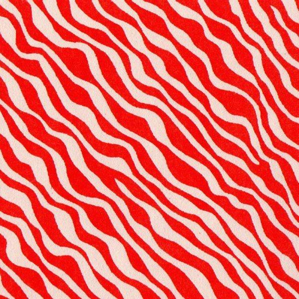 c048 赤